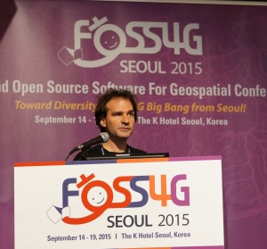 Marco Hugentobler at FOSS4G 2015 (Photo by Jody Garnett)