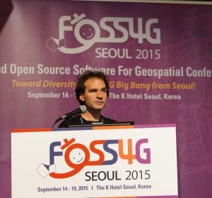 Marco Hugentobler at FOSS4G 2015 (Photo by Jody Garnett)